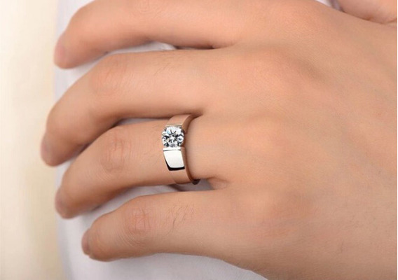 Anel Brilhante Com Pedra De Diamante Cristal Zirconia