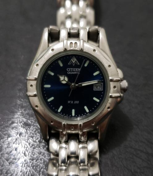 Relógio Citizen Feminino - Fundo Azul - Pequeno - Usado