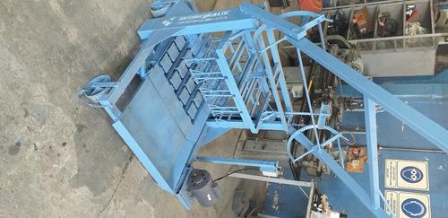 Imagen 1 de 1 de Maquinas Bloqueras Ldc Ponedora Semiautomatica