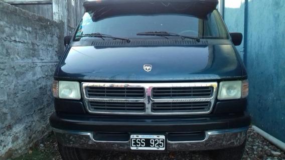 Vendo Dodge Ram 2500 Ejecutiva 1997, Patentada 2005.-