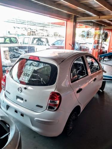 Imagem 1 de 4 de Sucata Nissan March 1.0 2012 Para Retirada De Peças
