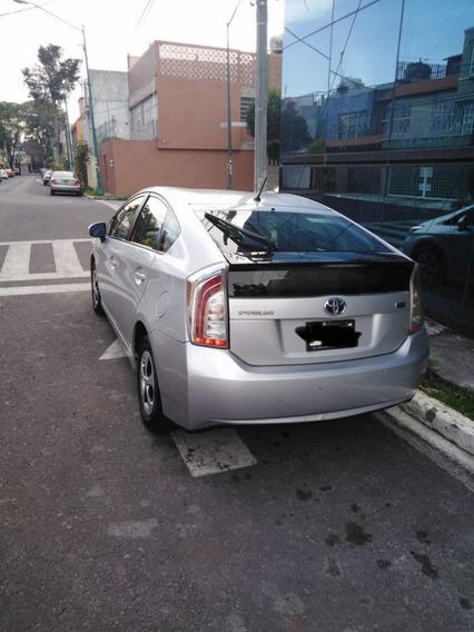 Toyota Prius 1.8 Base Mt 2015