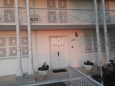 Casa Em Teresópolis Com 4 Dormitórios - Bt8042