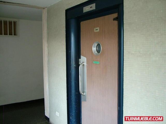 Apartamentos En Venta Yolimar Benshimol 04246-6157978 18-164