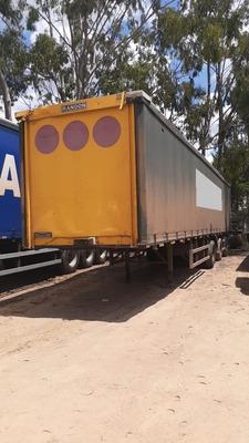 Carreta Asa Delta Para Bebidas Randon 2011 - Sem Pneus