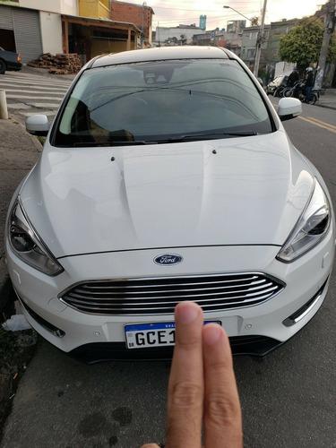 Ford Focus Sedan Titanium 2.0