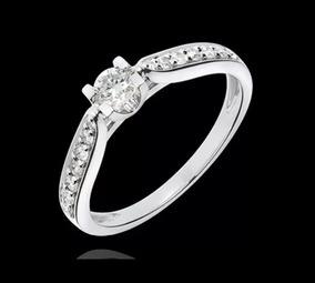 Anel Solitário Com Diamantes Central 15 Pontos De Ouro 18k
