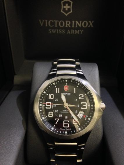 Relógio Victorinox Base Camp Model 241333