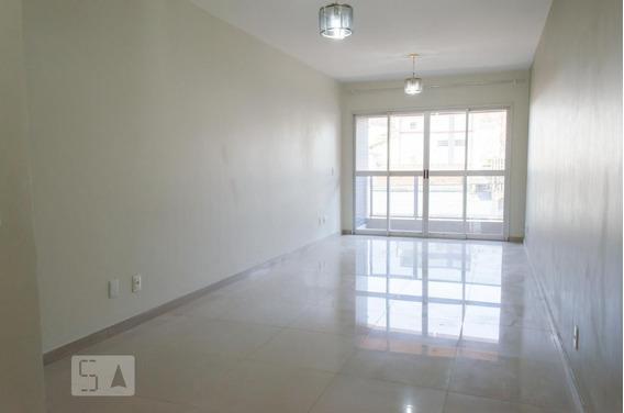 Apartamento No 1º Andar Mobiliado Com 3 Dormitórios E 2 Garagens - Id: 892787199 - 87199
