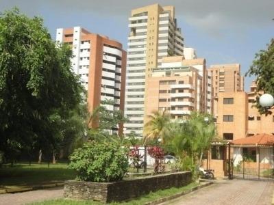 Venta Apartamento De 75 Metros En Urbanización Los Mangos Va