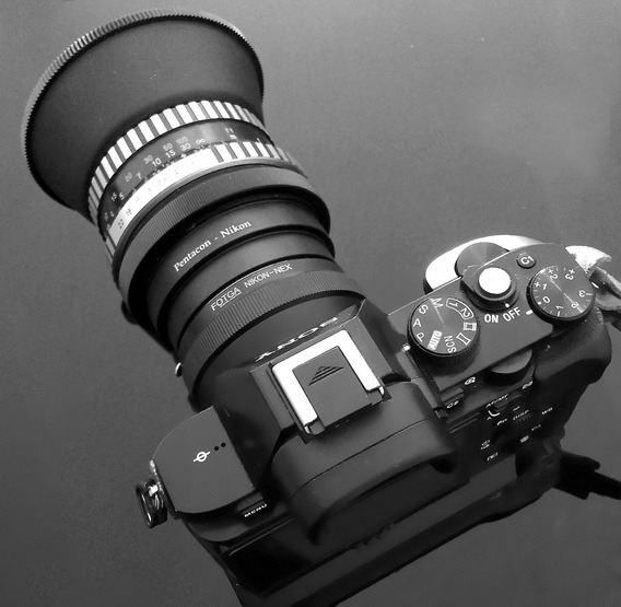 Lente Zeiss Biometar 80mm F2.8 + Adapt. Nikon +adapt. Sony-e