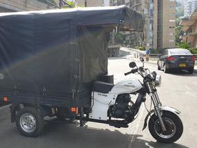 Hermoso Moto Carguero Akt 200