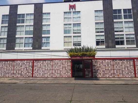 Rento Amplio Penthouse En Ciudad De Los Deportes