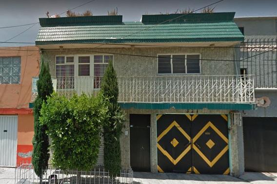 Remate Bancario Casa En Poniente 27 La Perla Nezahualcoyotl
