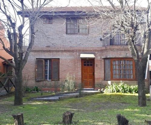 Oportunidad! Casa En 2 Plantas Barrio Montecarlo-pilar
