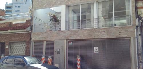 Comoda Casa Nueva En Punta Carretas