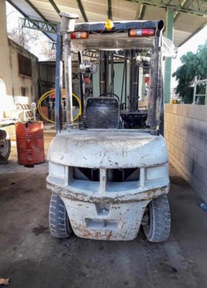 Autoelevador Clark 2,5tn Diesel C/desplazador Envio Interior