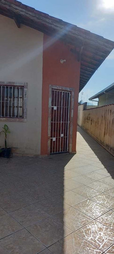 Casa Com 2 Dorms, Jardim Magalhães, Itanhaém - R$ 175 Mil, Cod: 3025 - V3025