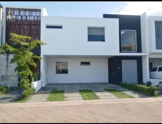 Casa En Renta Cerca De Andares, Coto Villa La Cima