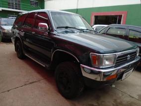 Toyota Hilux Sw4 2.4 4x4 8v