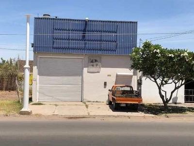 Se Renta Bodega En Prados Del Tepeyac.