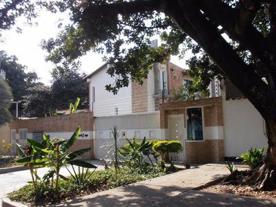 Venta De Casa En Barrio Sucre Maracay. Ndd16-1892