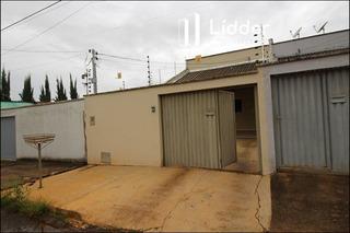 Casa Térrea Com 3 Quartos - 989257-v