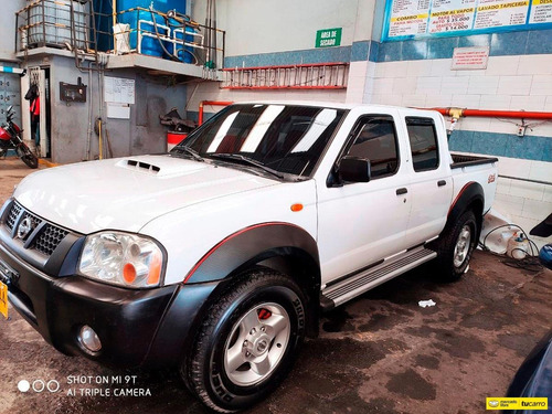Nissan Frontier D22/ Np 300 Doble Cabina
