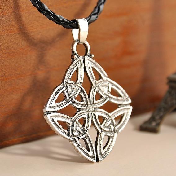 Colar Pingente Dara Celta Amuleto Triangulos