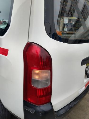 Faro Posterior Toyota Probox 2002 - 2009 Depo