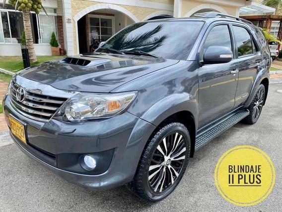 Toyota Fortuner Srv Diesel Automatica Blindada 2014