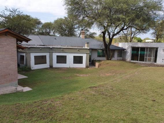 Alquiler Casa De 3 Dorm Dependencia De Servicios - Country El Bosque