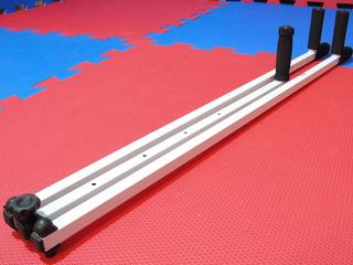 Aparelho Abertura Pernas E Aumento De Flexibilidade (branco) Taekwondo Muay Thai Kickboxing Karatê Pilates Fisioterapia