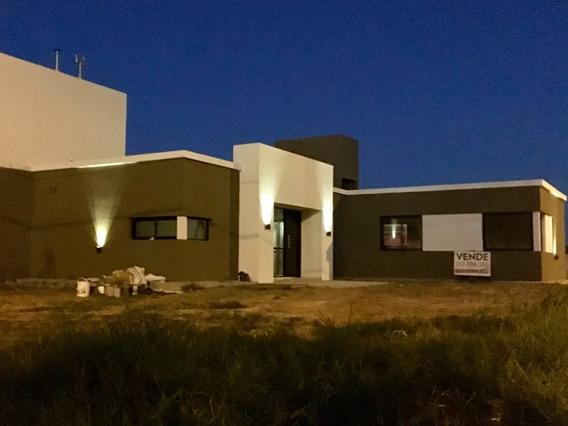 Comarca De Allende. Casa A Estrenar