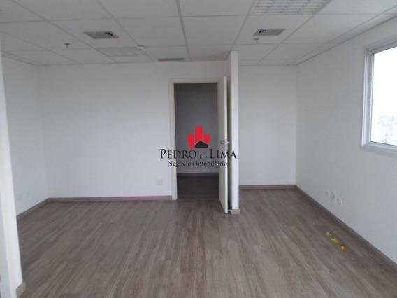 Sala Comercial Com 40 M² E 01 Vaga De Garagem, Em Penha - Pe18948