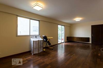 Apartamento No 1º Andar Com 3 Dormitórios E 2 Garagens - Id: 892814385 - 114385