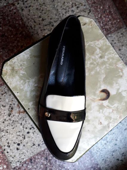 Mocasín N*40 Ferraro Blanco/negro $600 Mujer Plantilla 26 Cm