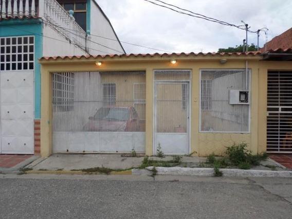Casa En Alquiler El Valle Cabudare 20 23297 J&m