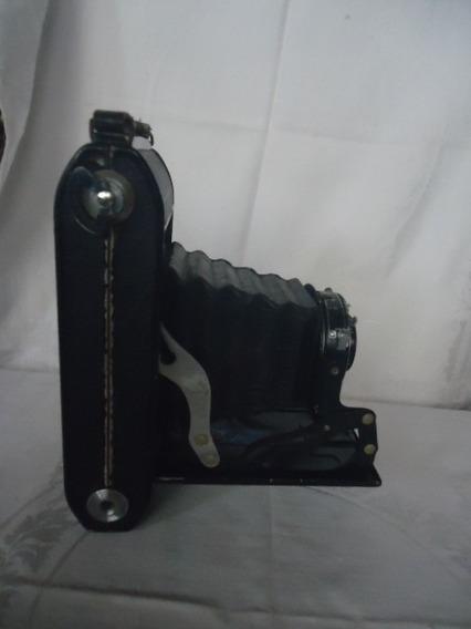 Máquina Fotográfica Antiga - Câmera