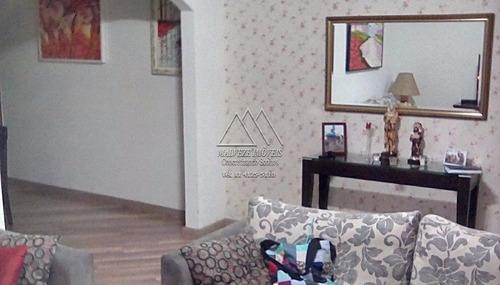 Casa Terrea, 3 Dorm. (1 Suite), 2 Vagas - V-1062