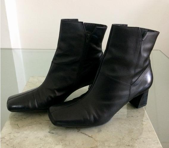 Bota Ankle Boot Feminina Preta Couro - Mr. Cat