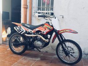 Baccio X3m, Tierra U Calle.
