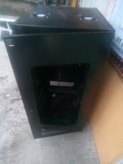 Armario De Telecomunicaciones Emplayados.