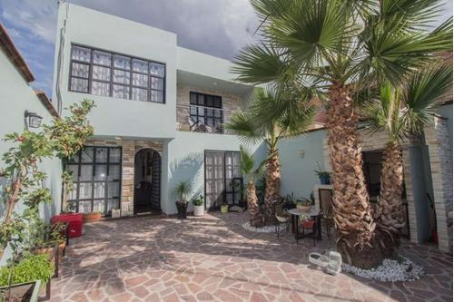 Imagen 1 de 17 de Casa Jardines En Venta Calle Tepozan, Colonia Jardines En Sa