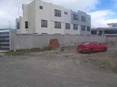 Casas De Tres Pisos, $90mil, $75mil Y $70mil.