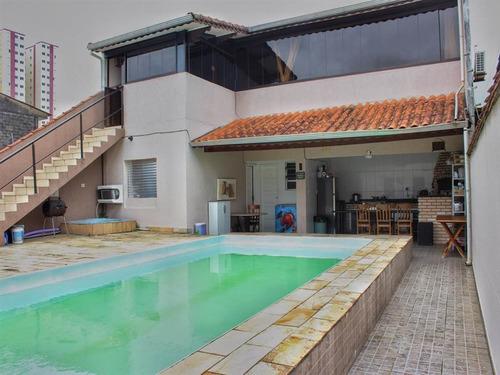 Casa Isolada,piscina,edicula,na Imobiliaria Em Praia Grande. - Sil269
