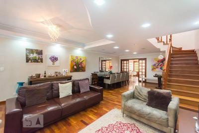 Casa Mobiliada Com 3 Dormitórios E 2 Garagens - Id: 892880228 - 180228
