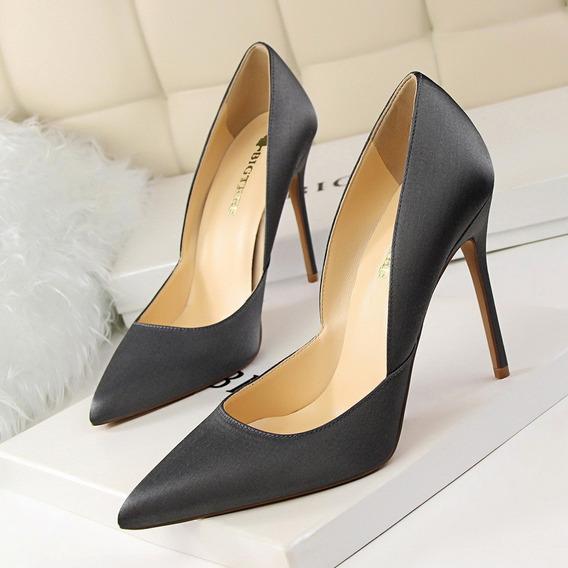 Mulheres Bombas Calcanhares Alto Sapatos Nupcial Calcanhares