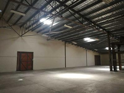 Galera En Parque Industrial De Costa Del Este (id 12418)