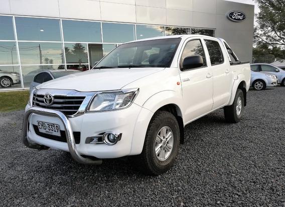 Toyota Hilux Sr 4x4 Nafta Año 2014 Con 93.800 Kmts.